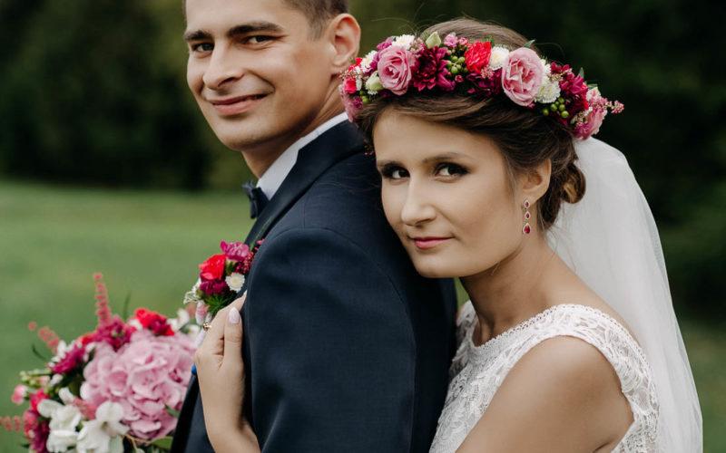 Ślub z wiankiem na głowie